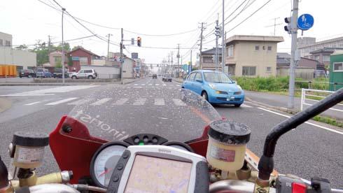 この先で事故渋滞にはまるとは、、、、。